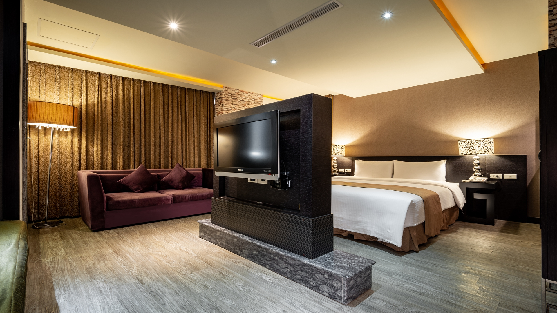 Byeyer Suite Room